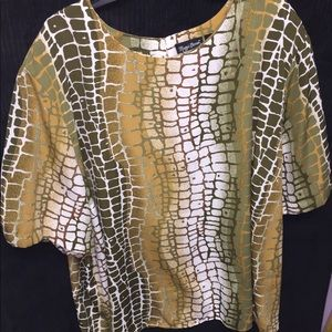 Maggie Barnes cracked stone blouse
